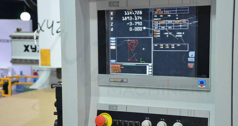 CNC Steuerung einer CNC Portalfräse von XYZCAM
